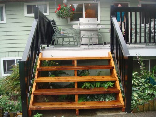 Cedar Stairs & Aluminum Picket Railing