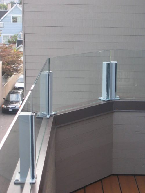 Side View Topless Glass Railing