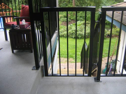 Aluminum Picket Gate