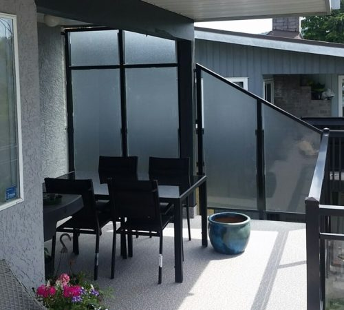 Railing Style #23 - Privacy Glass Wind Wall